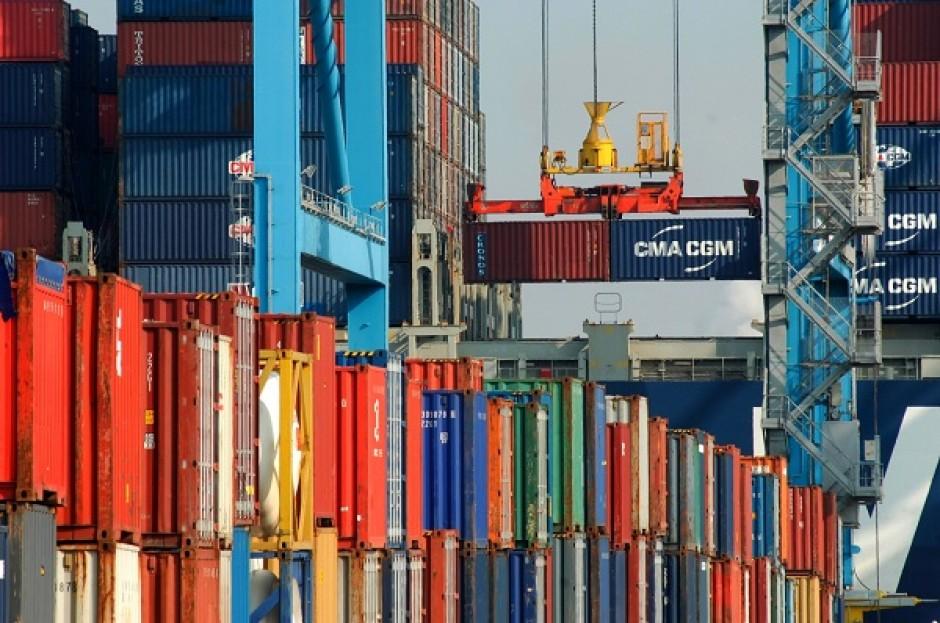 Container-e-Construção-Civil-01-e1319057246692